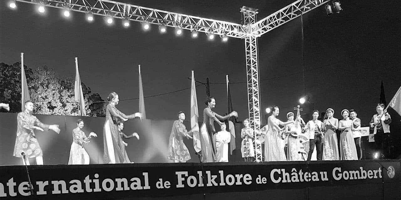 53 EME FESTIVAL INTERNATIONAL DE FOLKLORE DE CHATEAU GOMBERT